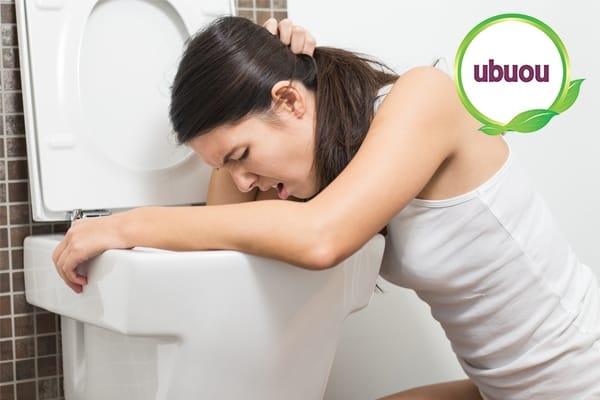 Triệu chứng buồn nôn, mệt mỏi của bệnh u xơ tuyến vú dễ nhầm với bệnh khác