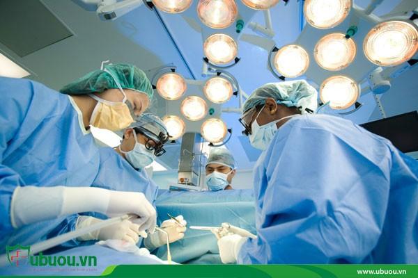 Phẫu thuật chữa u tuyến giáp