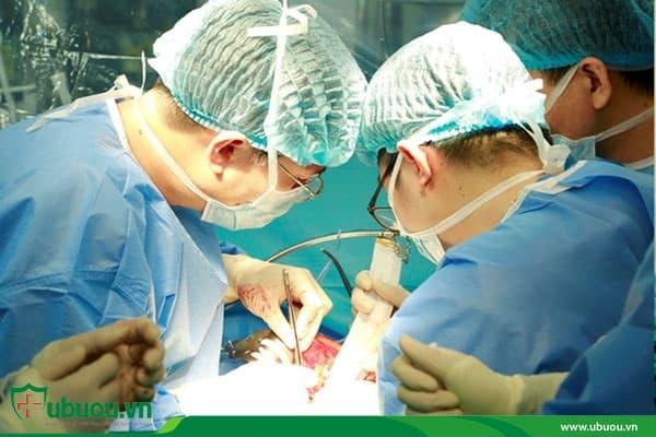 Phẫu thuật là một phương pháp điều trị ung thư tuyến giáp
