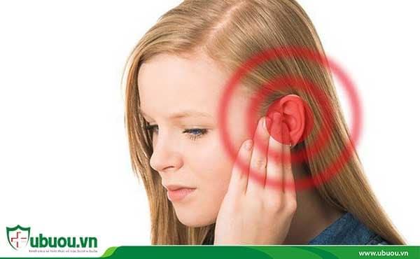 Tai ù một bên là triệu chứng ung thư vòm họng