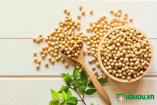 u xơ tử cung nên ăn rau xanh và kiêng uống sữa đậu nành