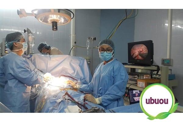 Điều trị u nang buồng trứng phải bằng phẫu thuật