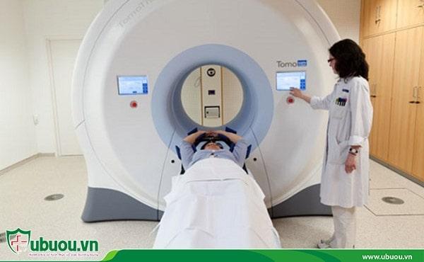 Xạ trị là phương pháp chiếu các tia phóng xạ năng lượng cao