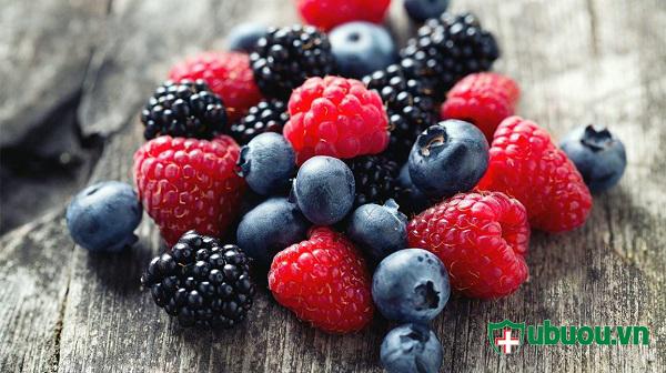 Hoa quả mọng nước tốt cho điều trị phình tuyến giáp